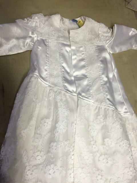 ベビードレス の 30年前のシミ